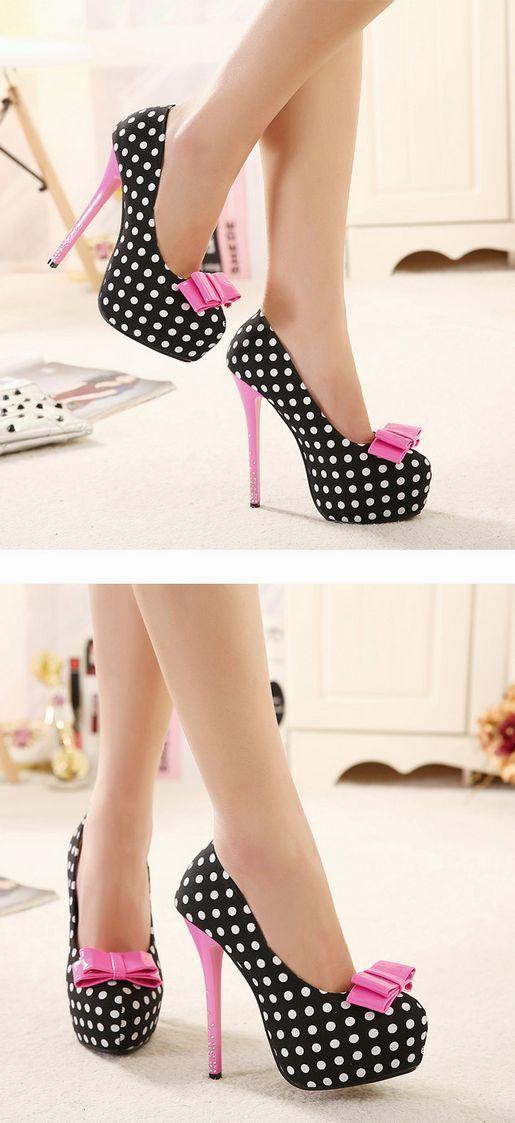 Zapatos de lunares