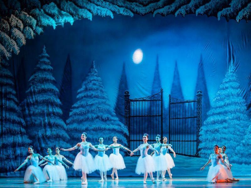 ballet un cuento de navidad