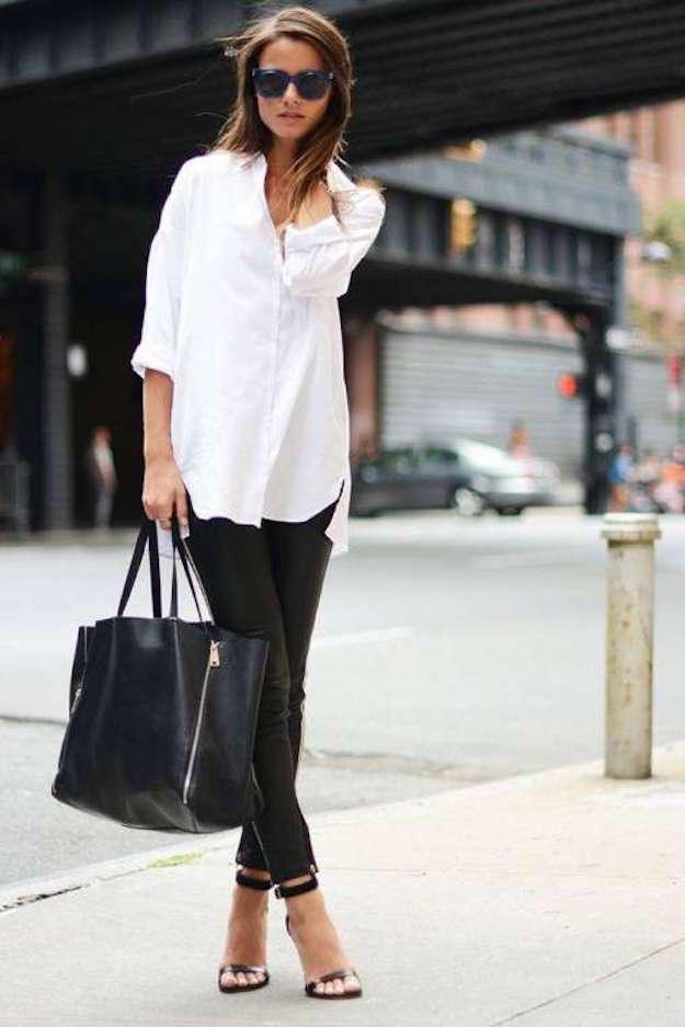 pantalón negro y blusa blanca