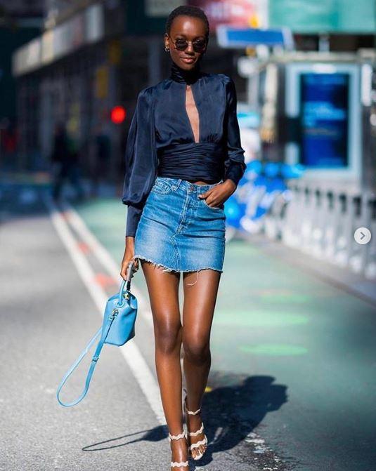 blusa con mini falda