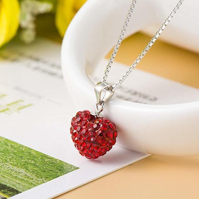 accesorios en forma de corazón