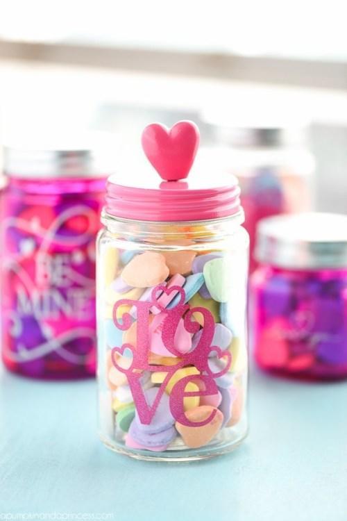 frasco de caramelos para San Valentín