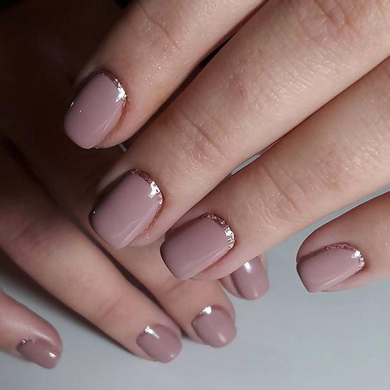 tendencia en manicure inversa