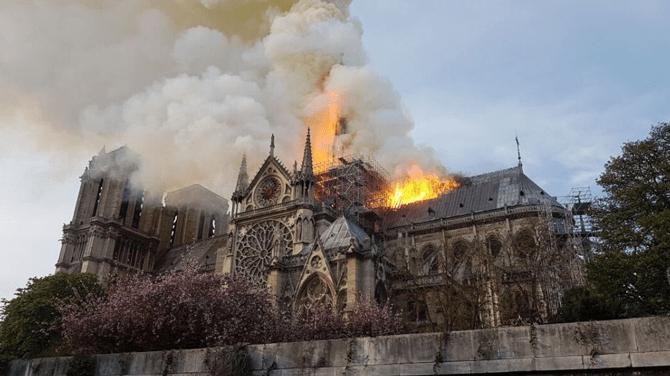 Incendio Catedral Notre Dame Presidente Macron