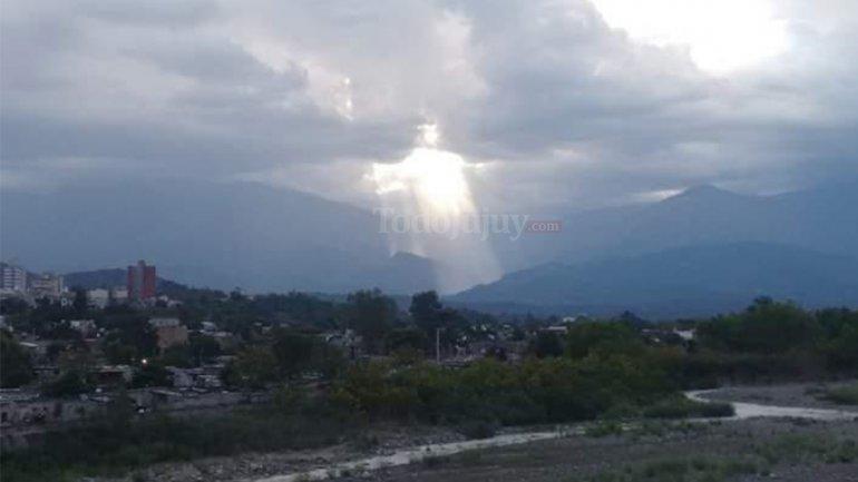Cristo aparece en cielo de Jujuy Argentina