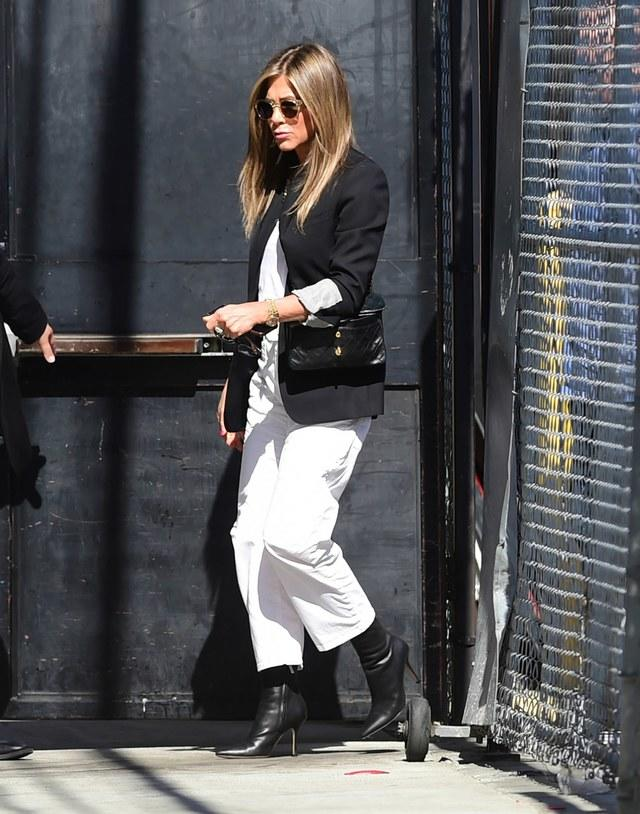 jennifer aniston outfit moda