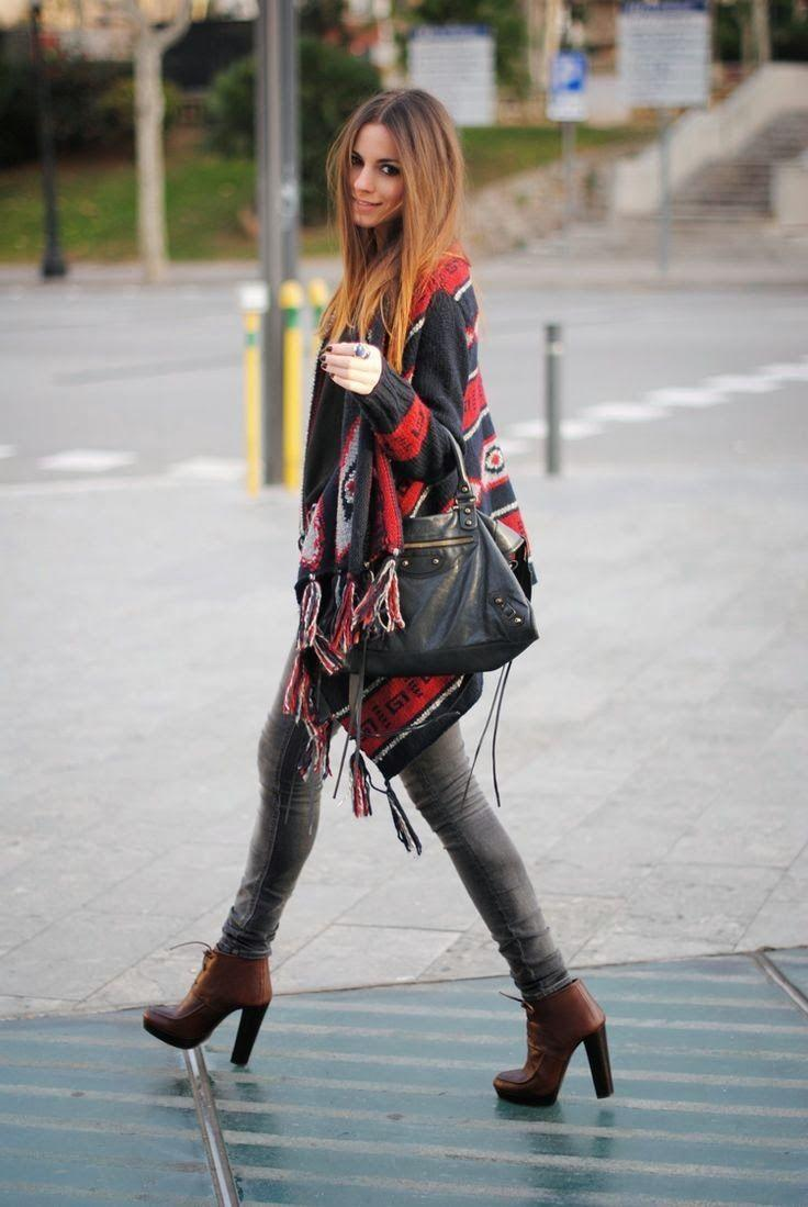 outfit con poncho