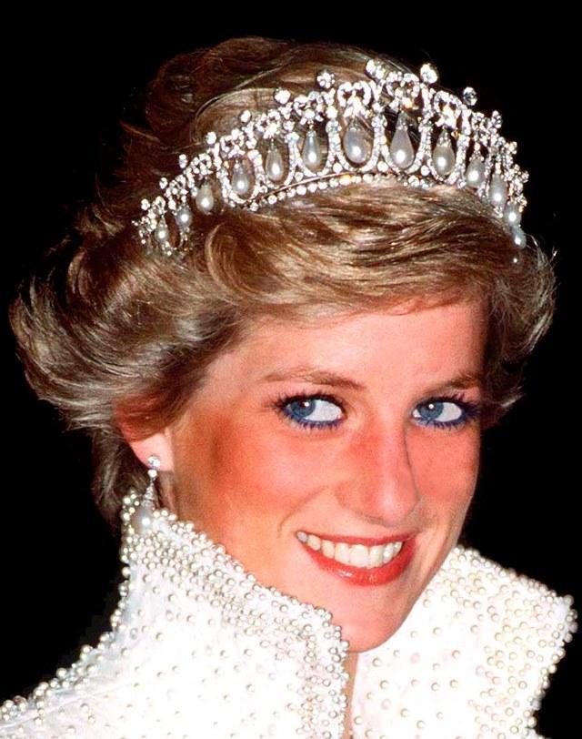 princesa diana de gales tiara estilo de moda