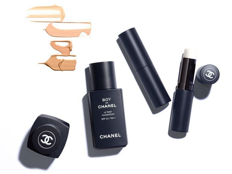 maquillaje para hombres boy de chanel