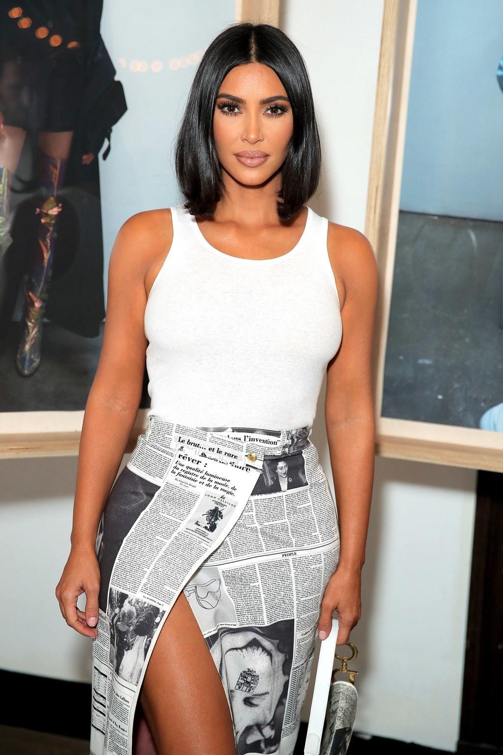 kim kardashian outfit carrie bradshaw sarah jessica parker
