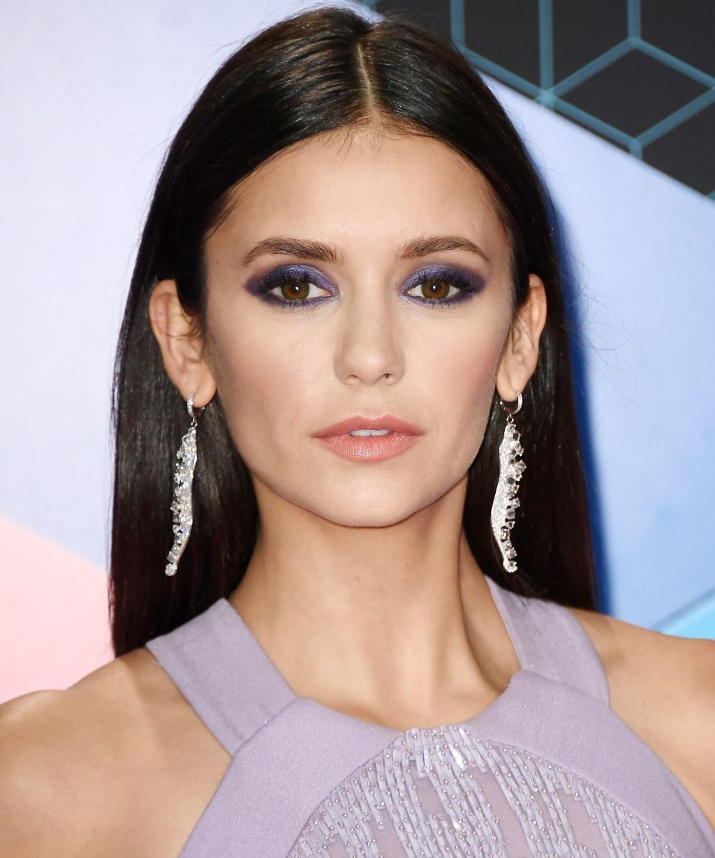 El maquillaje puede realmente transformar tu cara. 21